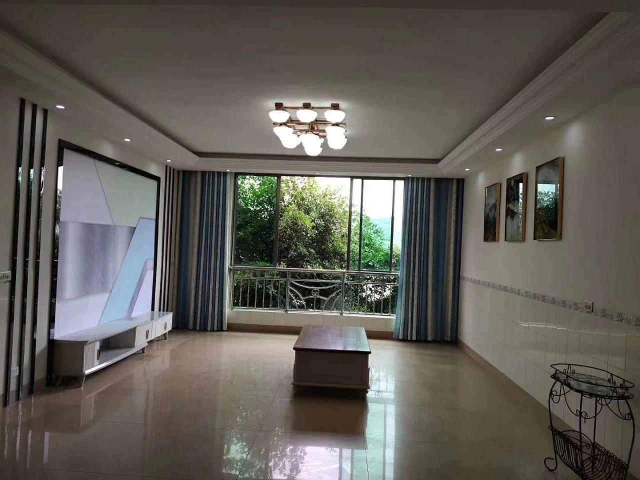 踏水桥3室 2厅 2卫58.8万元