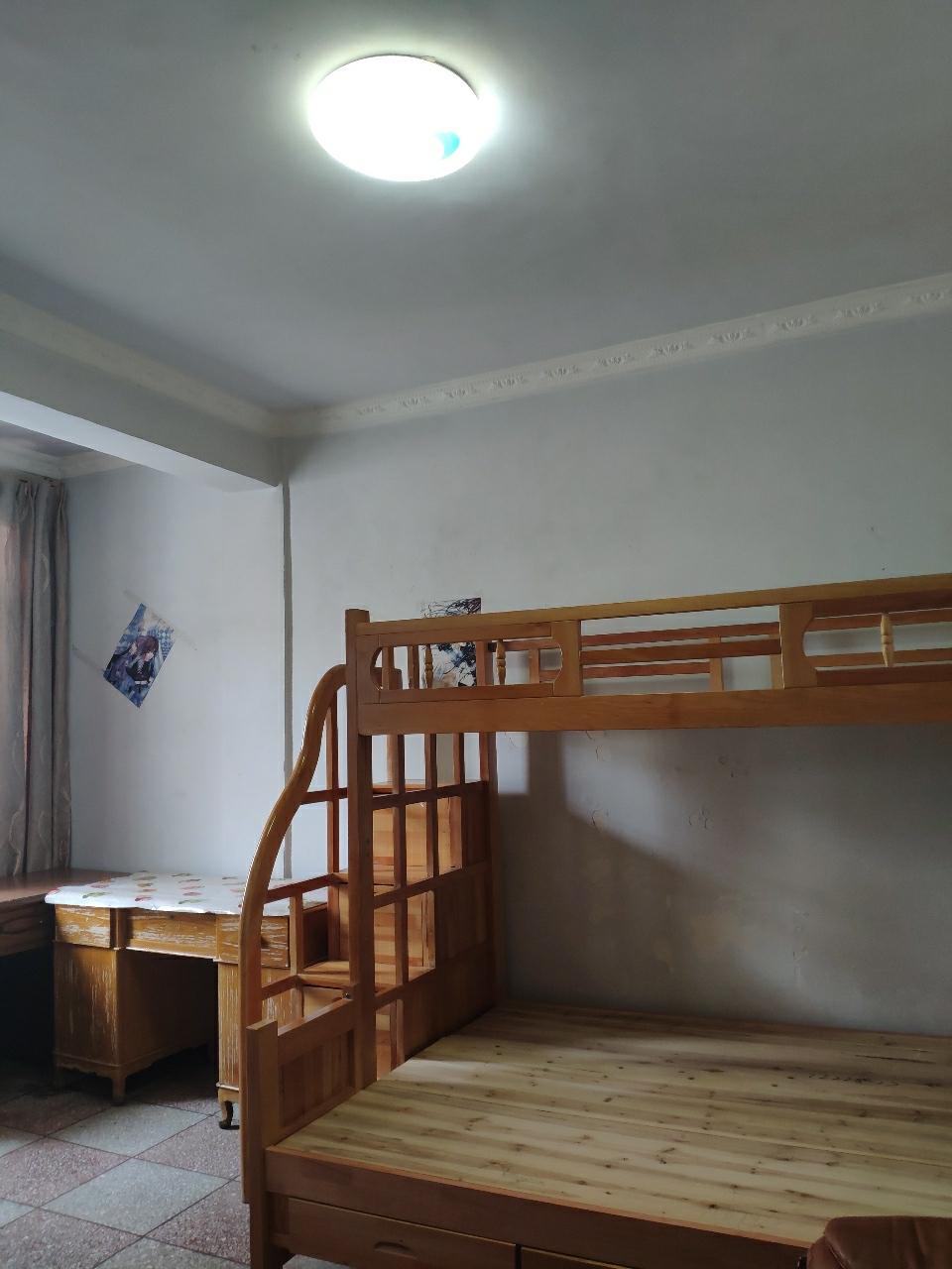 老虎坝2室 2厅 1卫32万元
