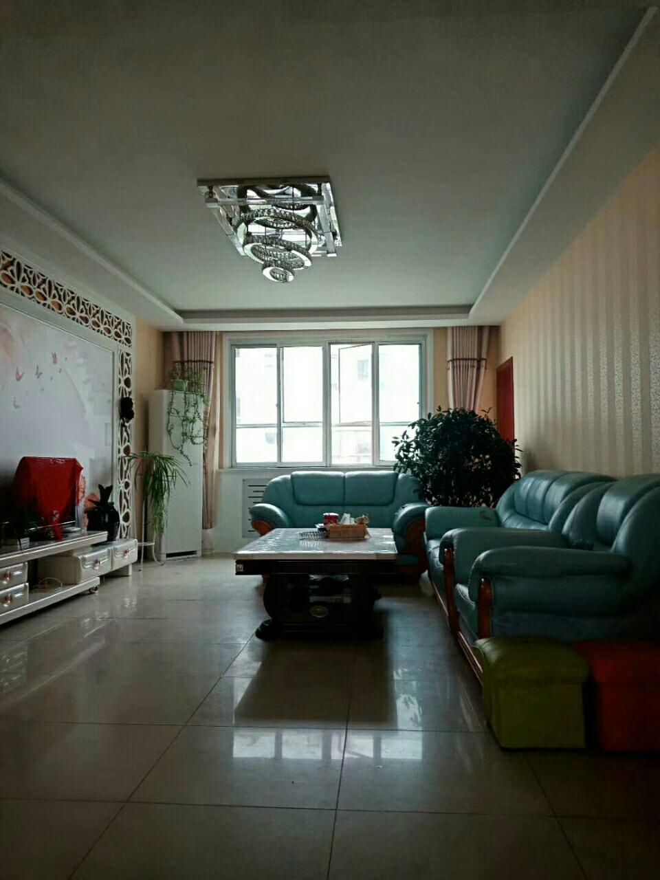 紫藤家园3室 2厅 1卫59.8万元