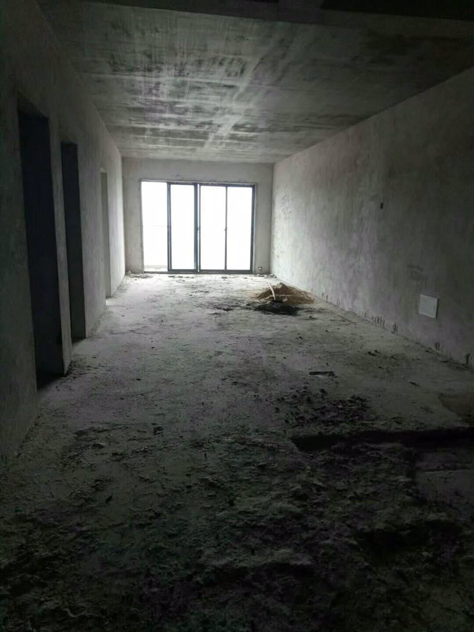都豪大厦4室 2厅 2卫60万元