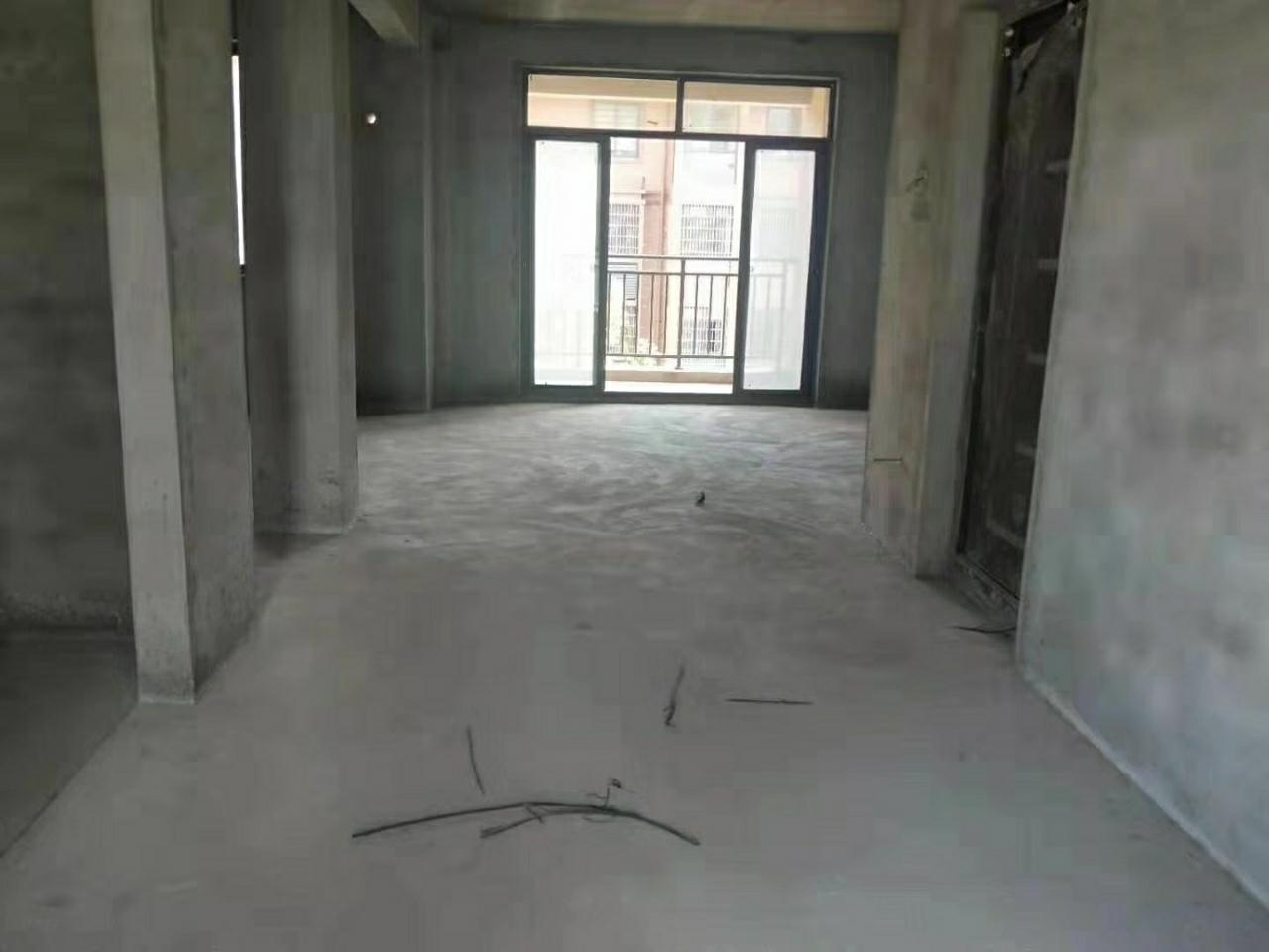 滨河星城114平3室 2厅 2卫84万元