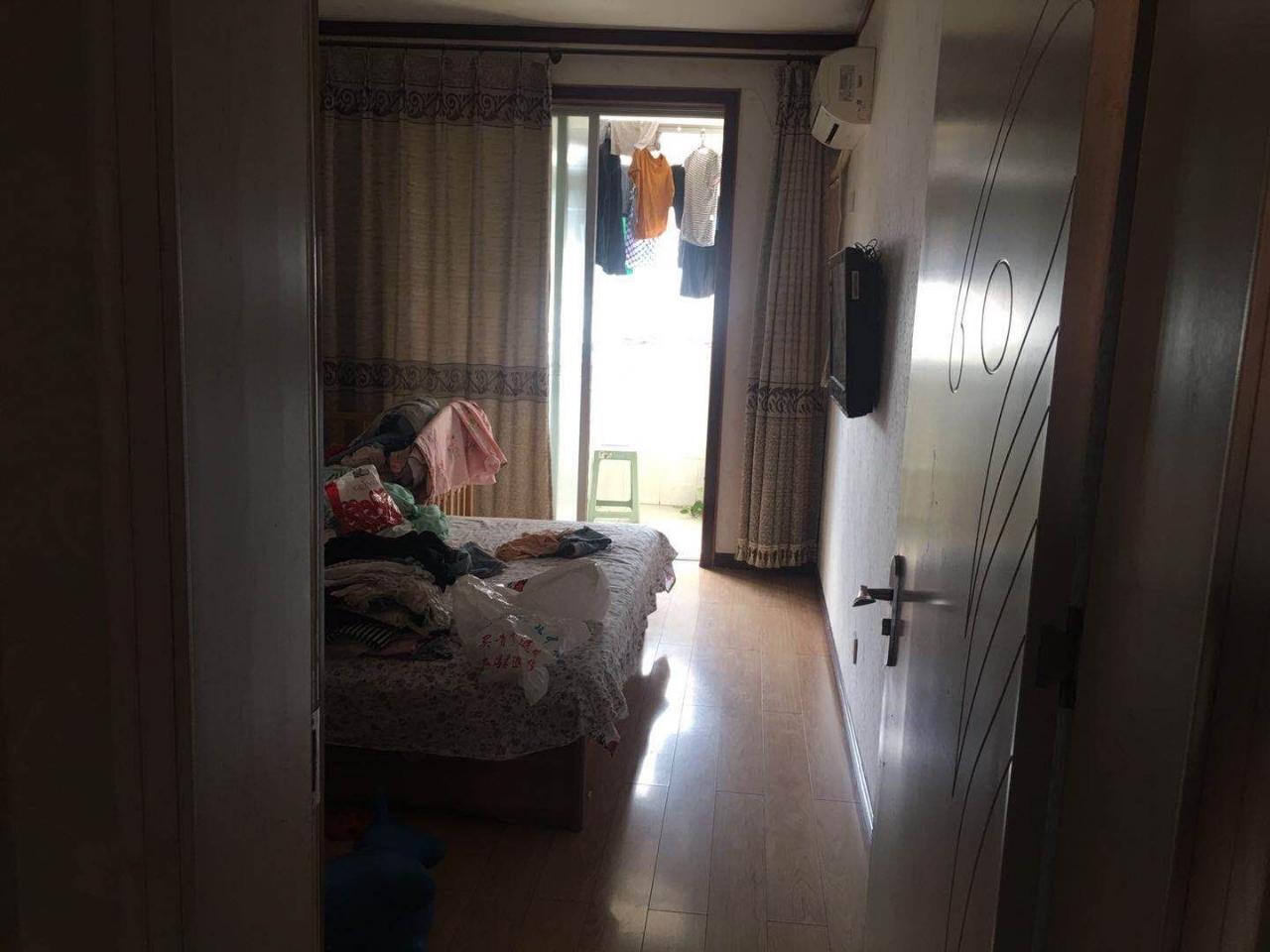 亚澜家苑2室 2厅 1卫74万元