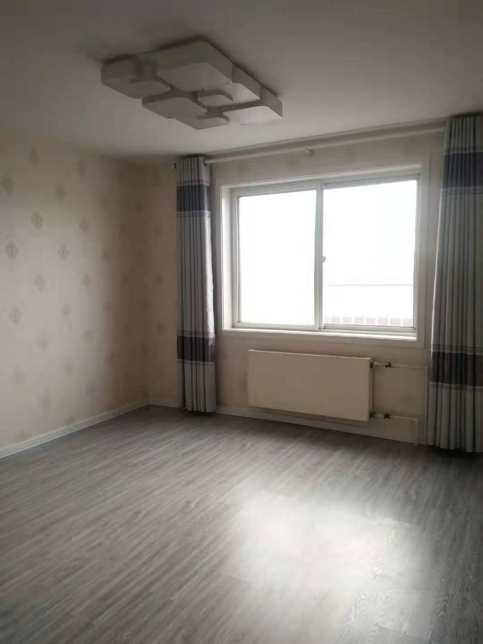 安泰家苑3室 2厅 1卫38万元
