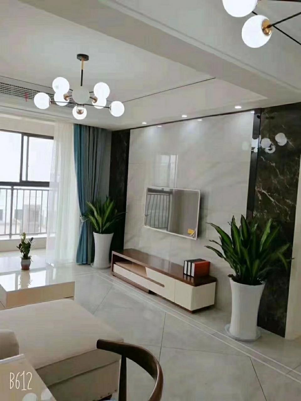 名人公馆【788】2室 2厅 1卫71.8万元