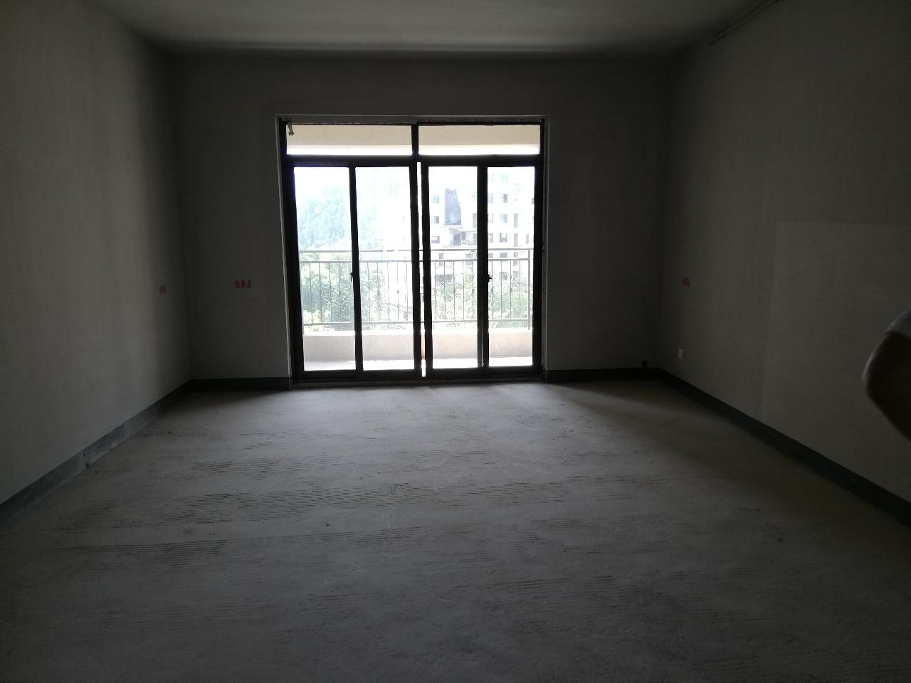 鑫沃世纪城清水洋房3室 2厅 2卫78万元
