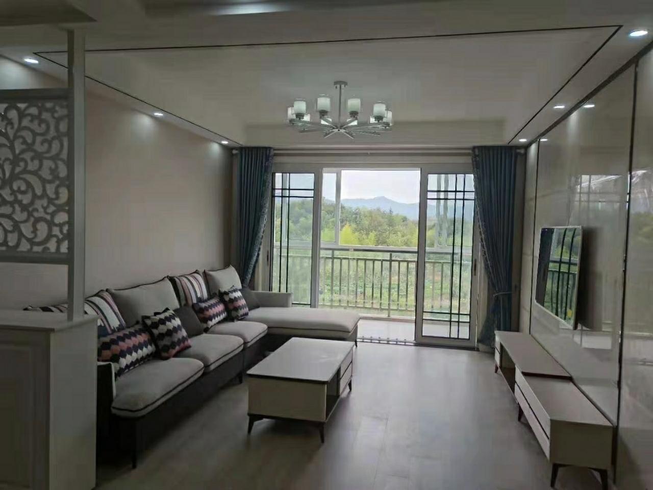 书香名邸【748】3室 2厅 1卫75.8万元