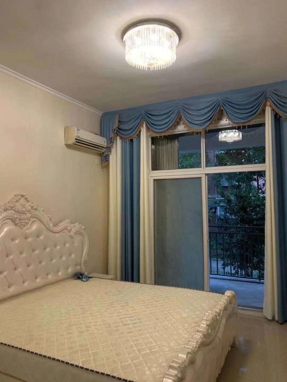 富州花园B区3室 2厅 2卫68.8万元