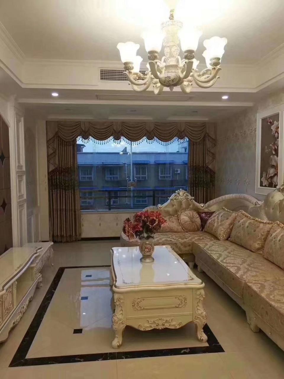 富顺西城国际2室 2厅 2卫68.8万元