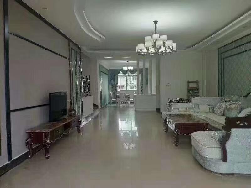 锦盛花园3室 2厅 2卫54.8万元