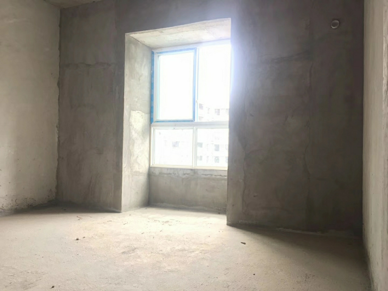 江景苑b区2室 2厅 1卫46万元