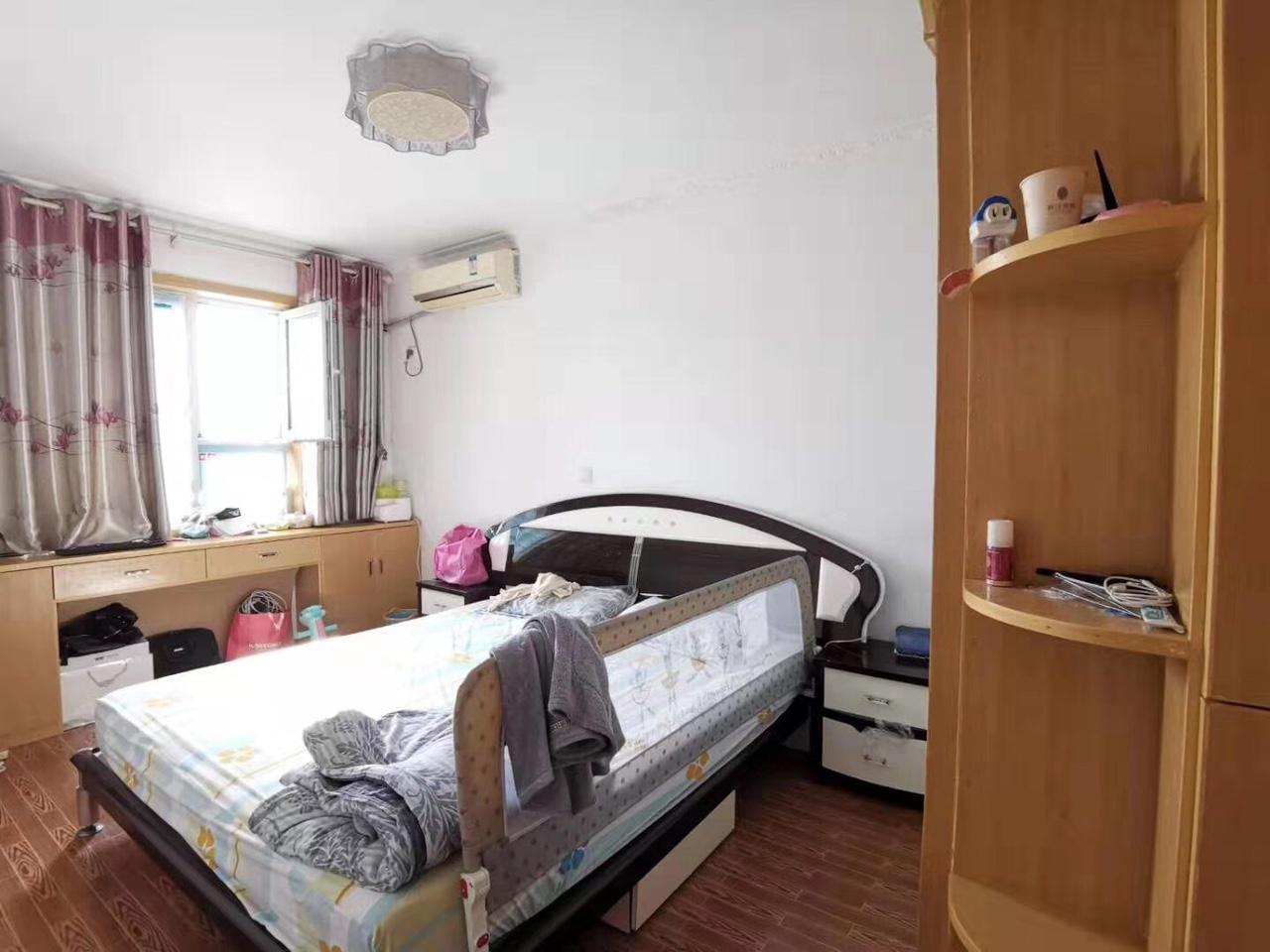 梓江新城3室 2厅 1卫35万元