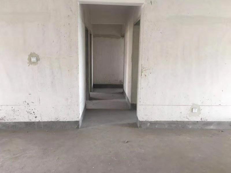 千田家园3室 2厅 2卫54万元