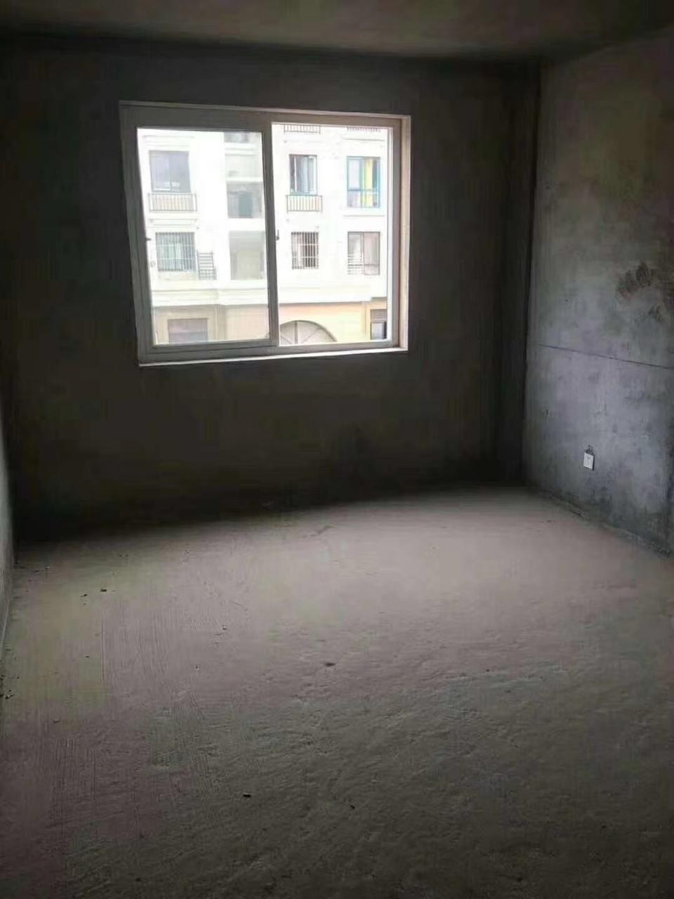 星海城3室 2厅 1卫31万元