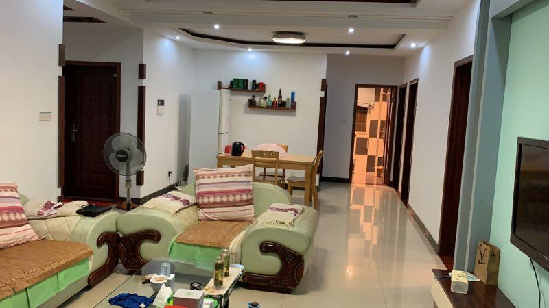 锦泽苑108.83平精3室 2厅 2卫99.8万元