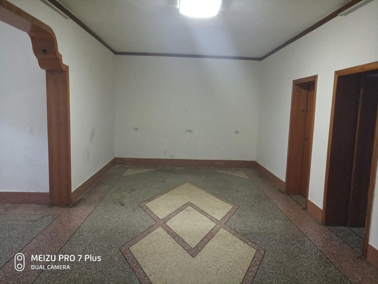 交通巷3室 2厅 1卫57.8万元