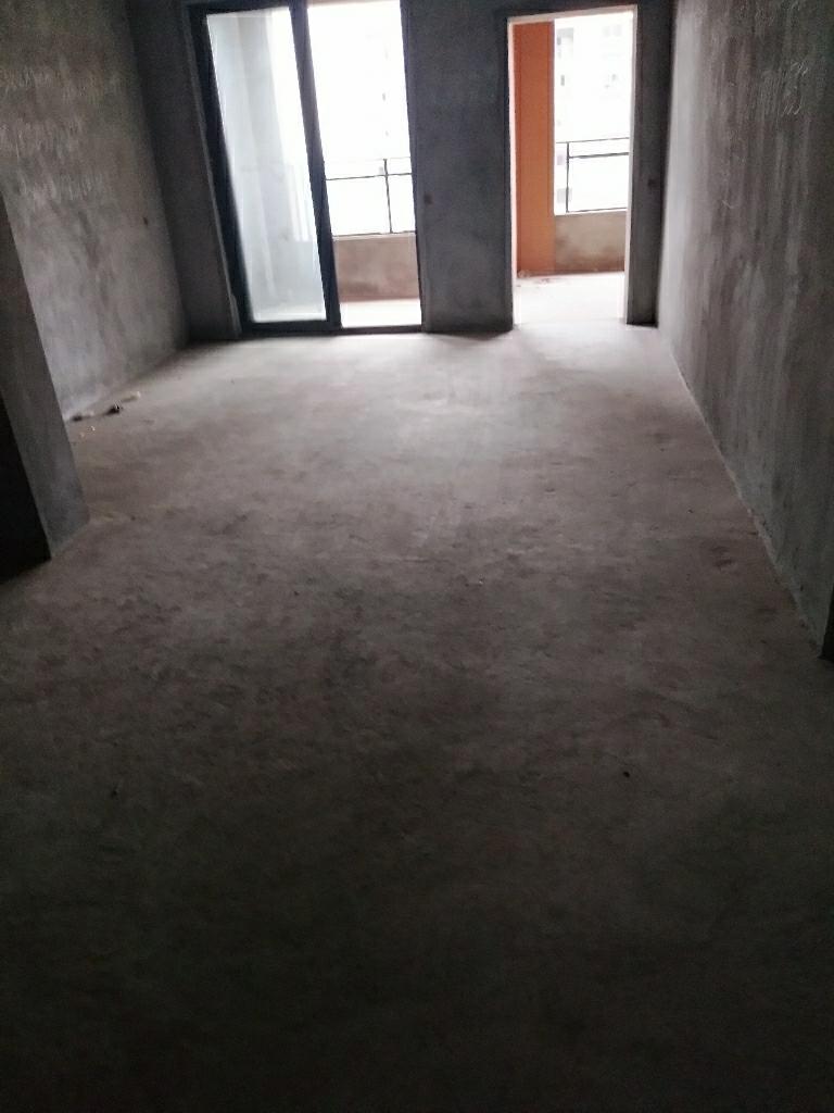 香山湖3室 2厅 1卫58万元