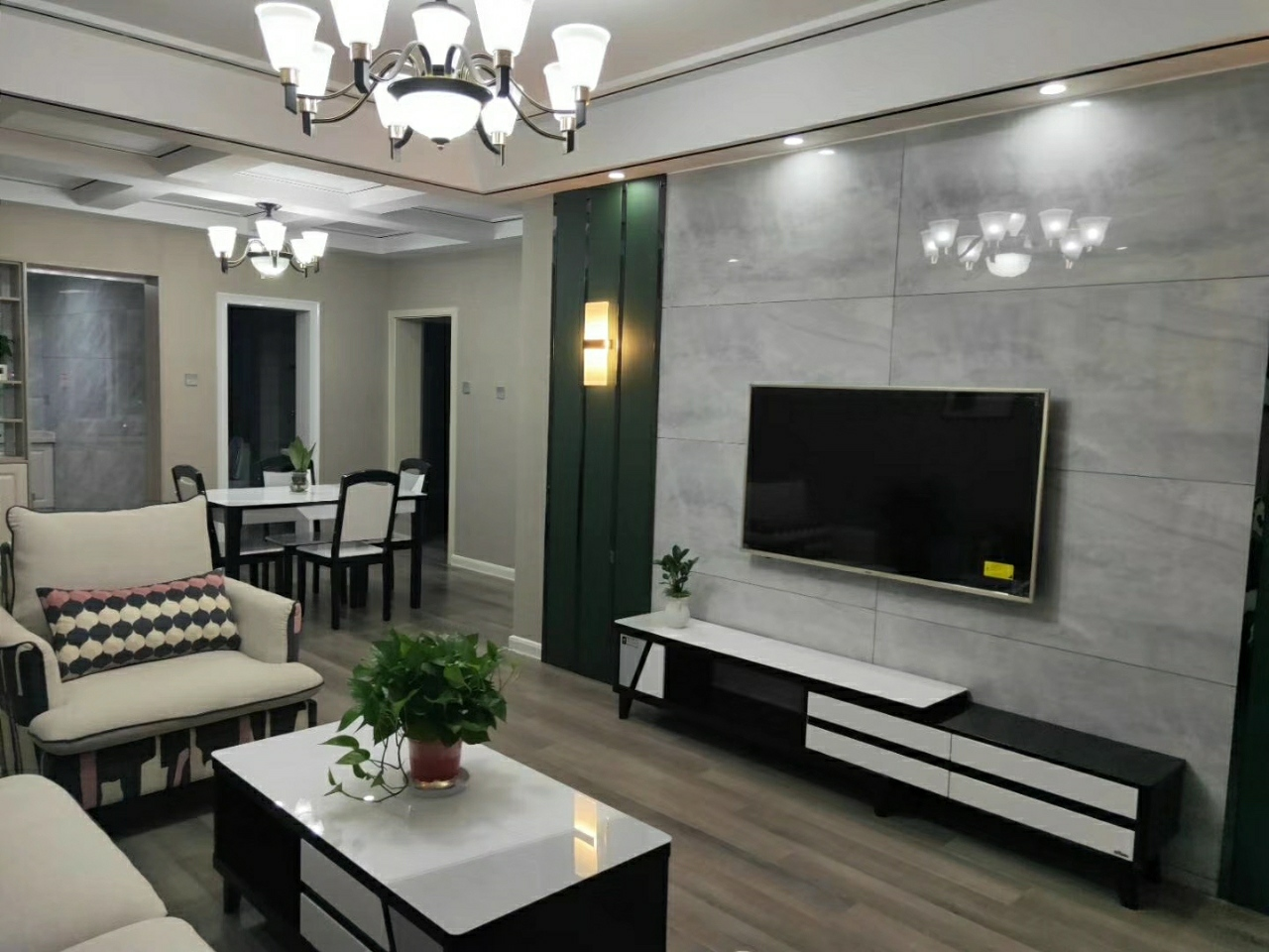 清华苑学区房【758】3室 2厅 1卫85.6万元