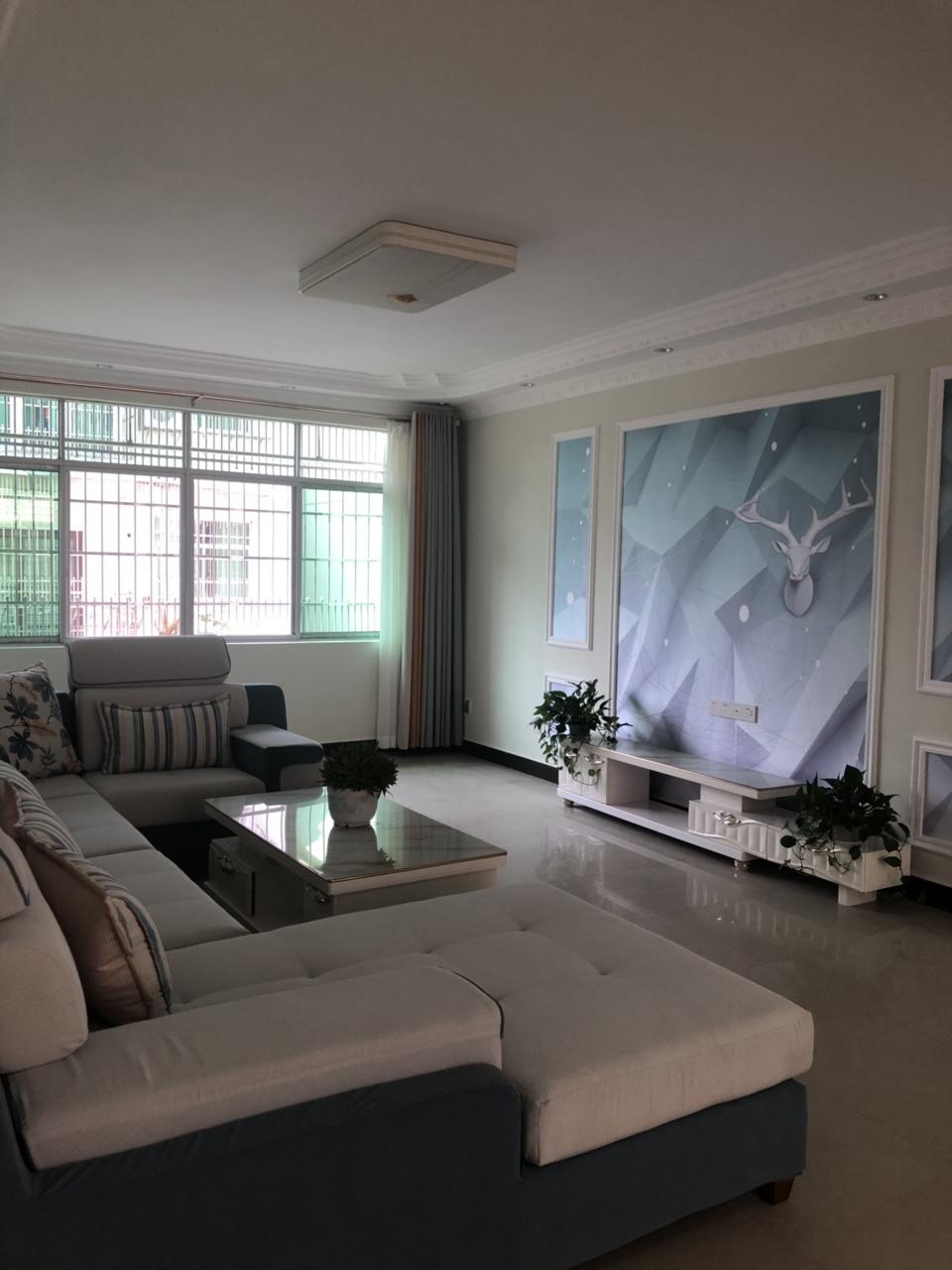 康樂花園4室 2廳 2衛89.8萬元