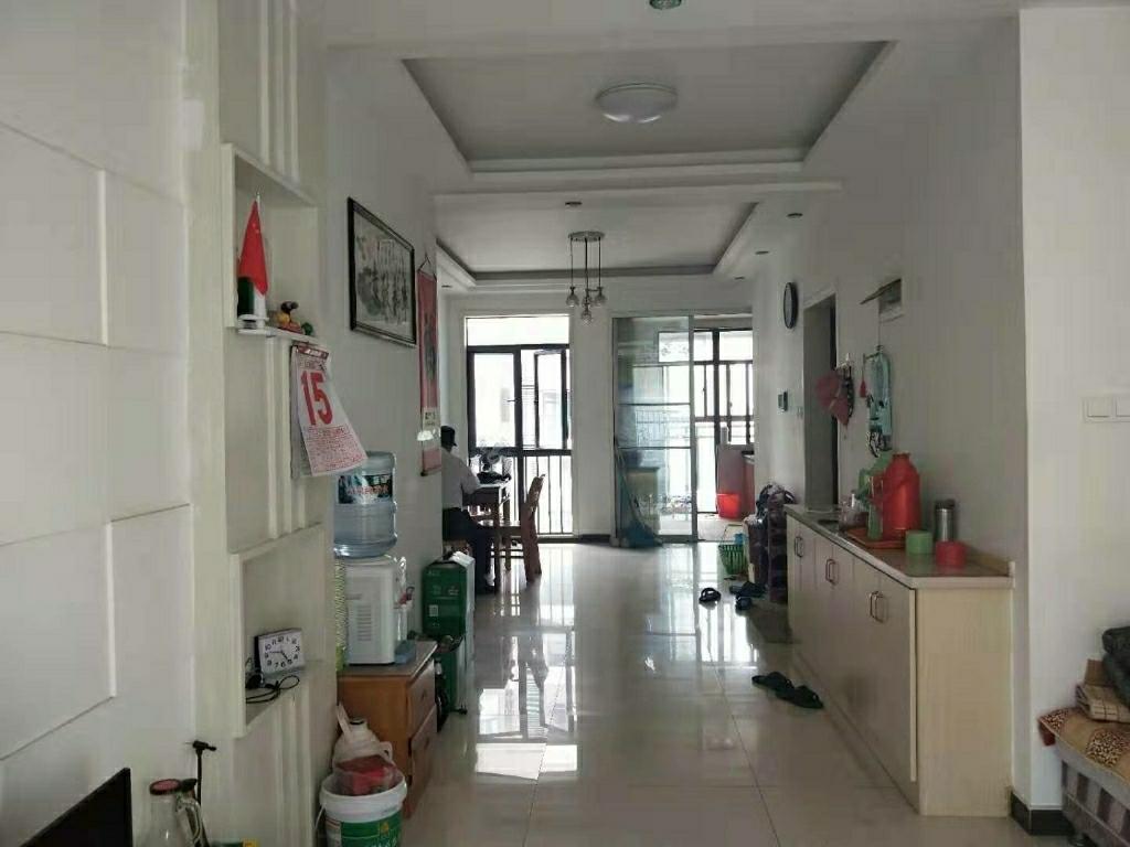 锦港豪庭3室 2厅 1卫125万元