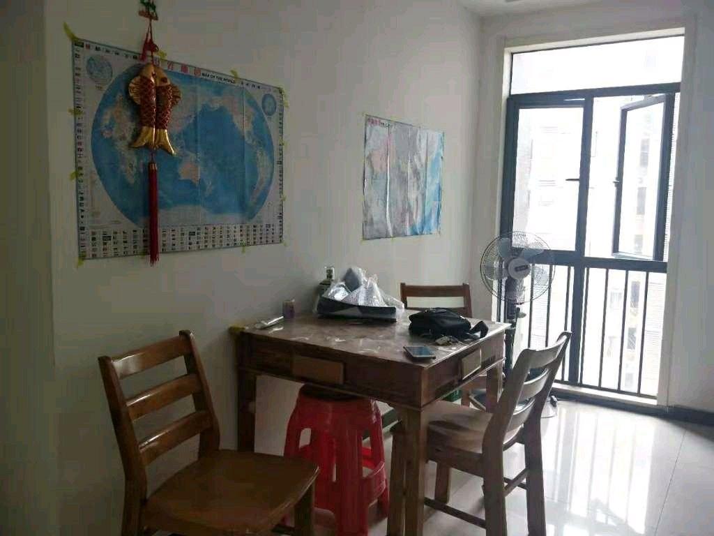 锦港豪庭2室 2厅 2卫125万元