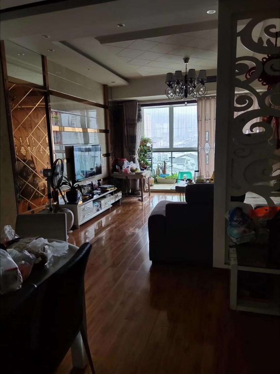 天田阳光水岸3室 2厅 2卫78万元