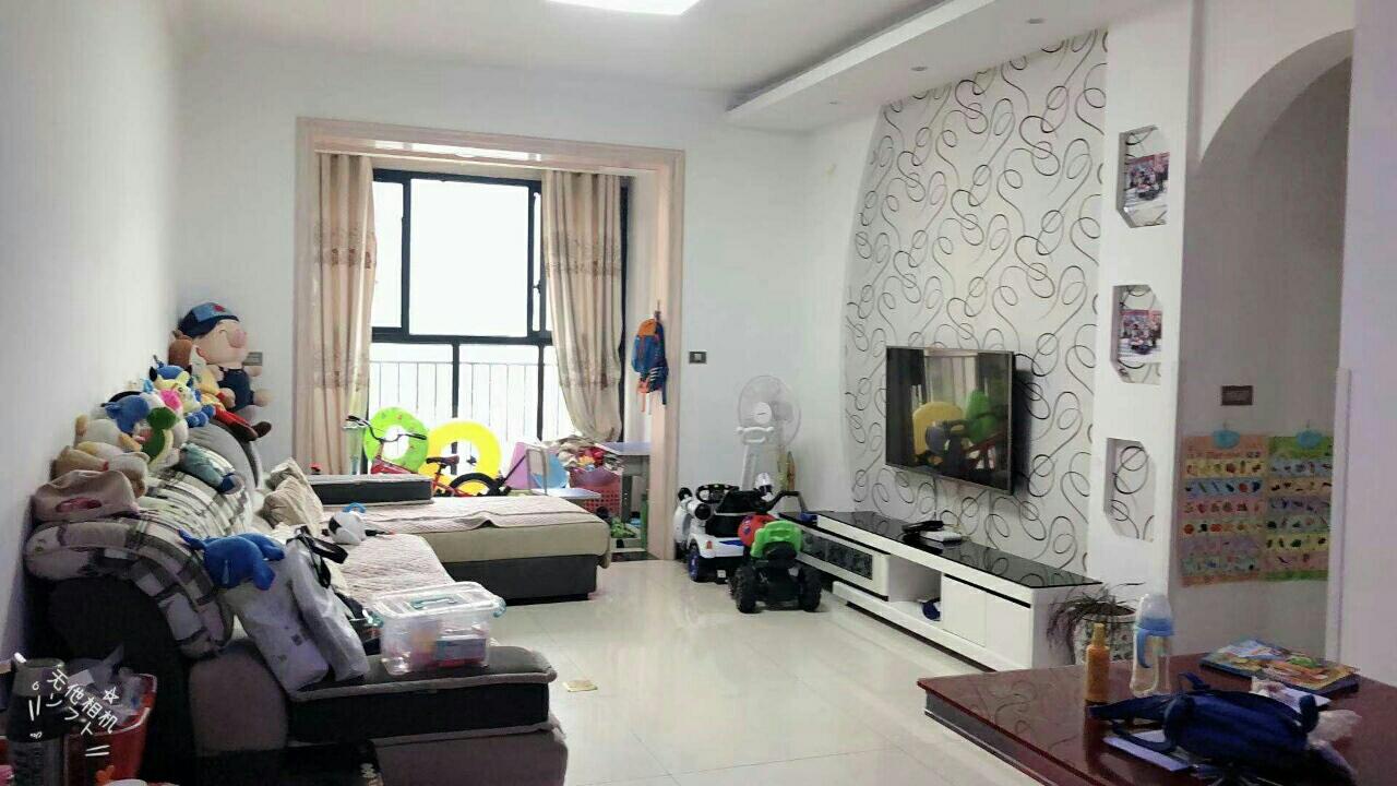 山台山105平米精装3室 2厅 2卫63.8万元