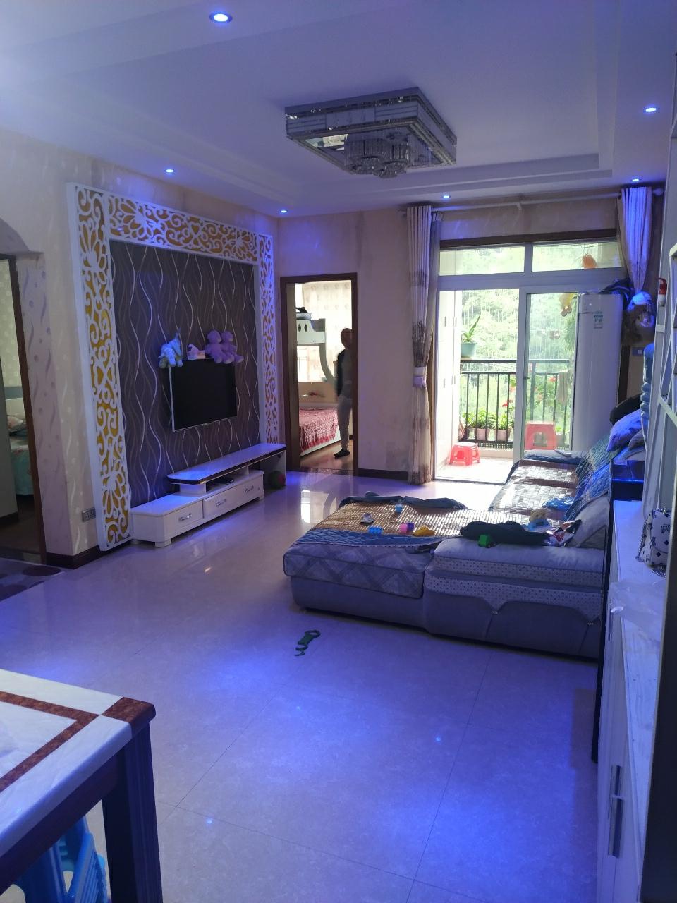 黔龙阳光花园3室 2厅 1卫55.8万元