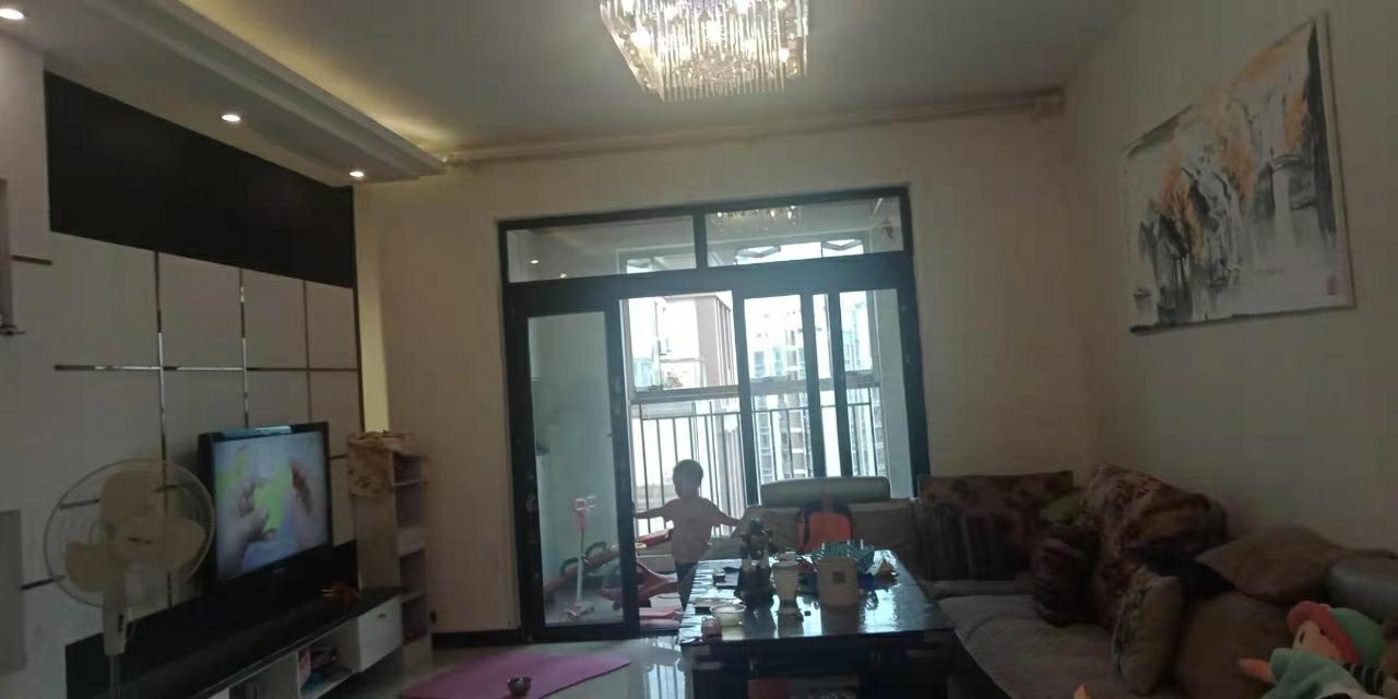 山台山3室 2厅 2卫69.8万元