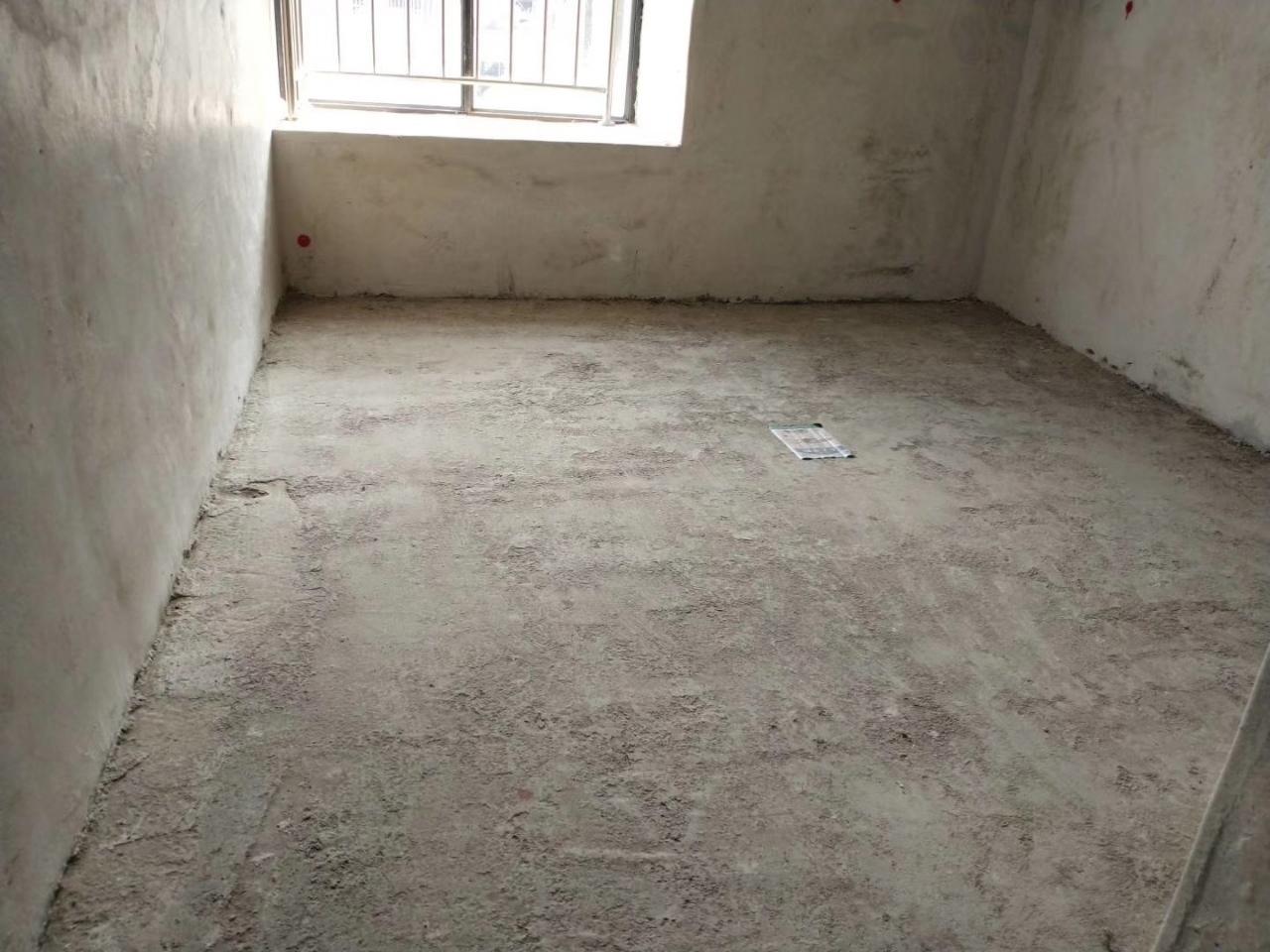 香江半岛123平方3室 2厅 2卫60万元