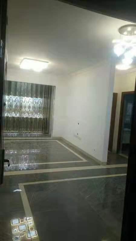 慧龙苑4室 2厅 1卫71万元