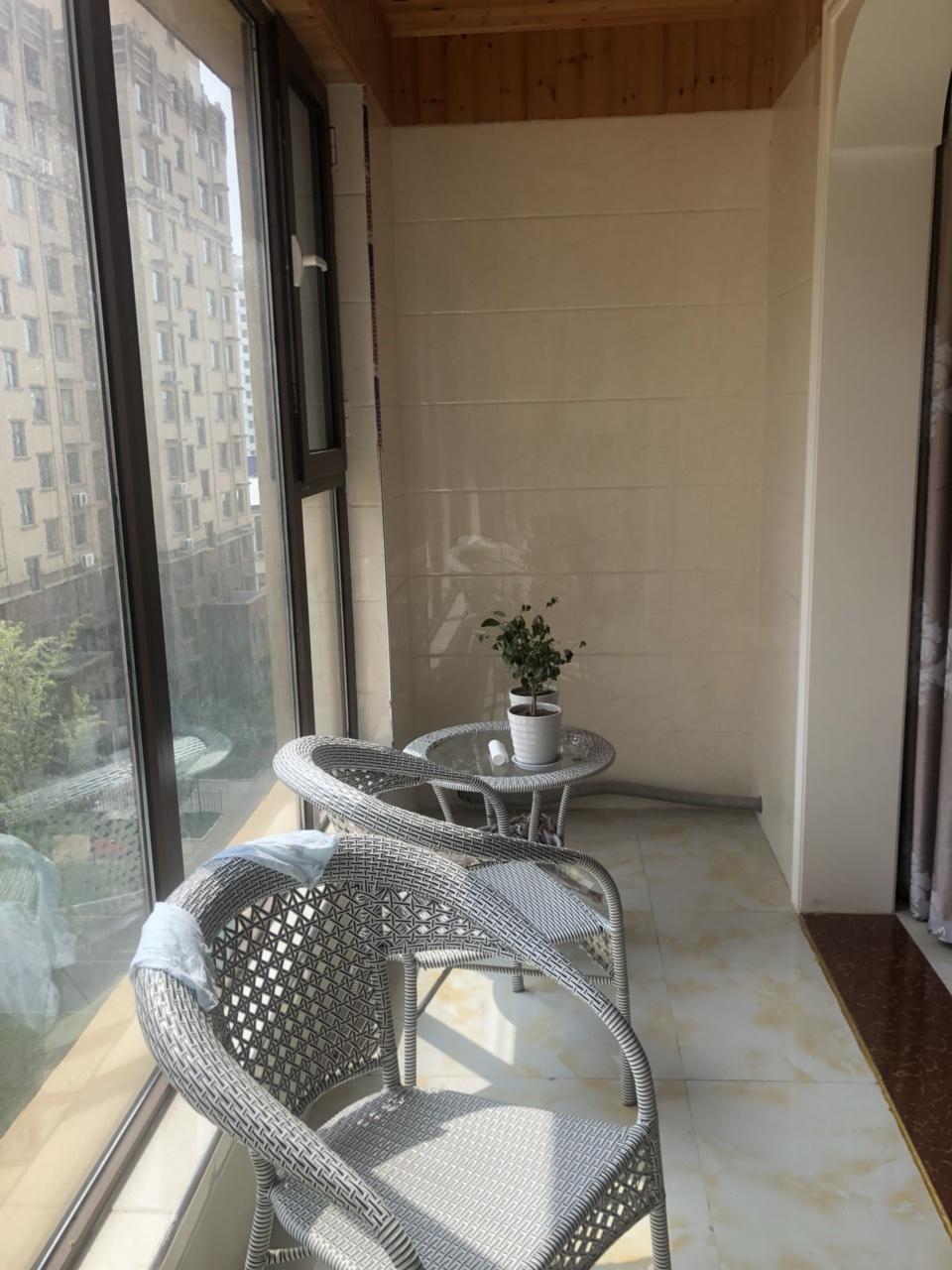 花雨馨4室 2厅 1卫140万元