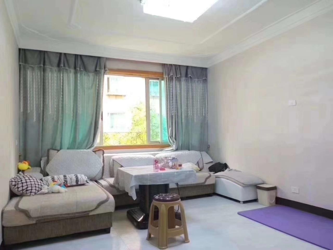 北街新装房3室 2厅 1卫39.8万元