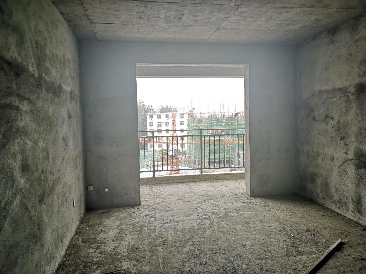 黄国新城2室 2厅 2卫35万元