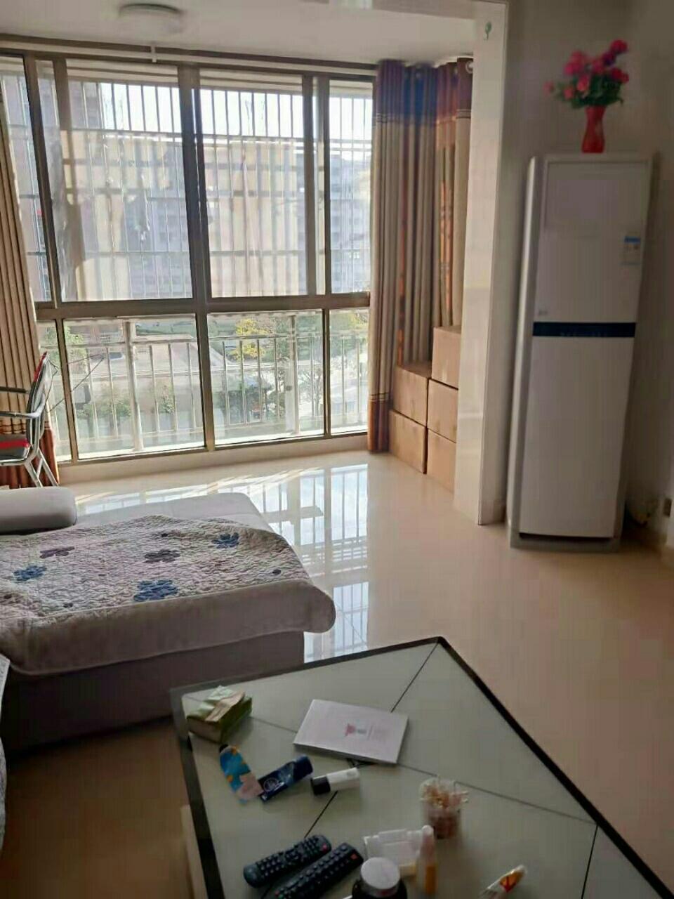 城市風尚2室 2廳 1衛49萬元