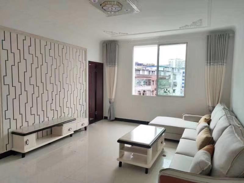 文昌巷3室 2厅 1卫31.8万元