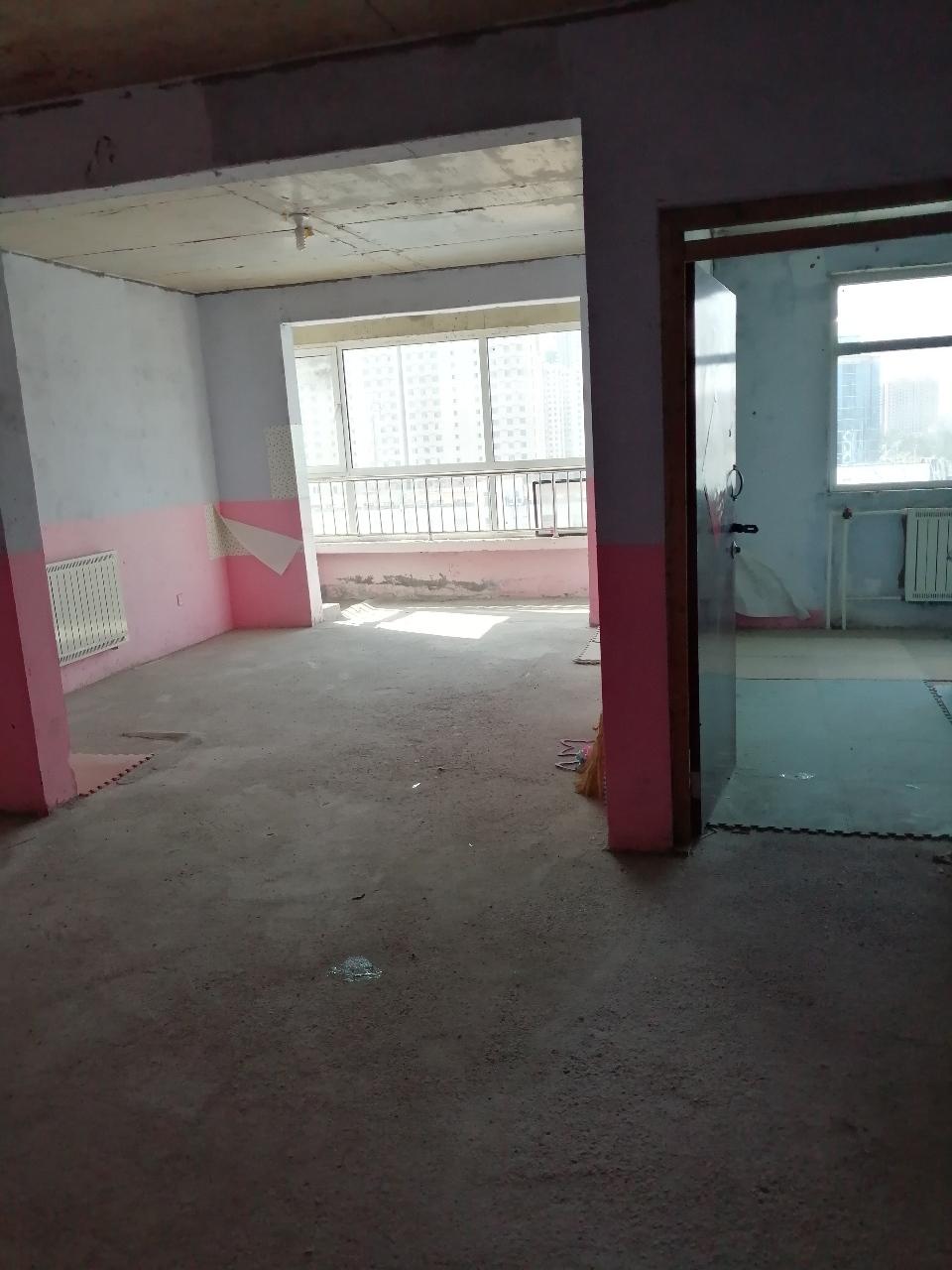 颐和家园2室 2厅 1卫62万元