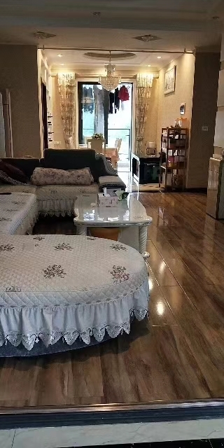 蓝山郡3室 1厅 1卫68.8万元