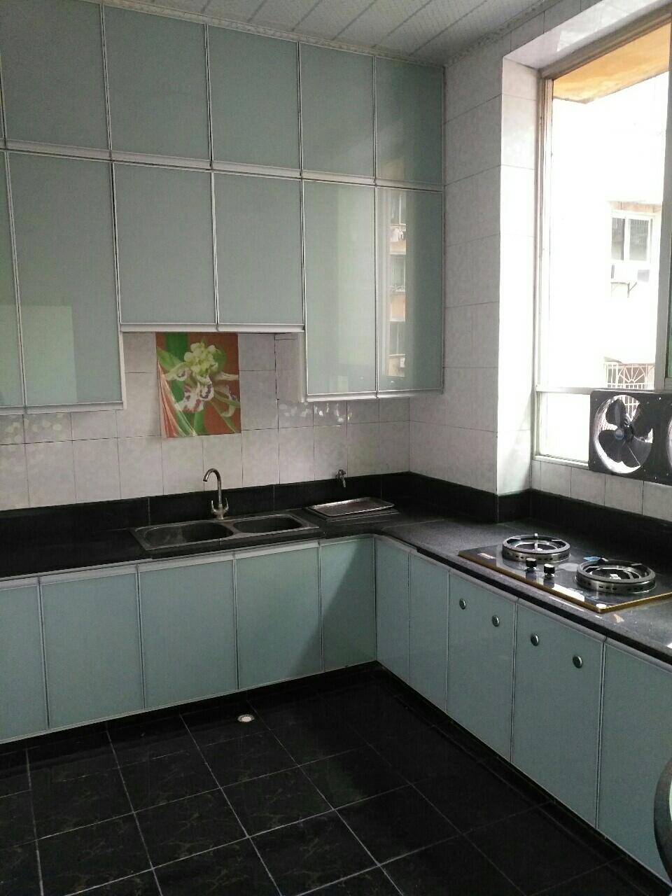 佳荔公寓3室 2厅 2卫52.8万元