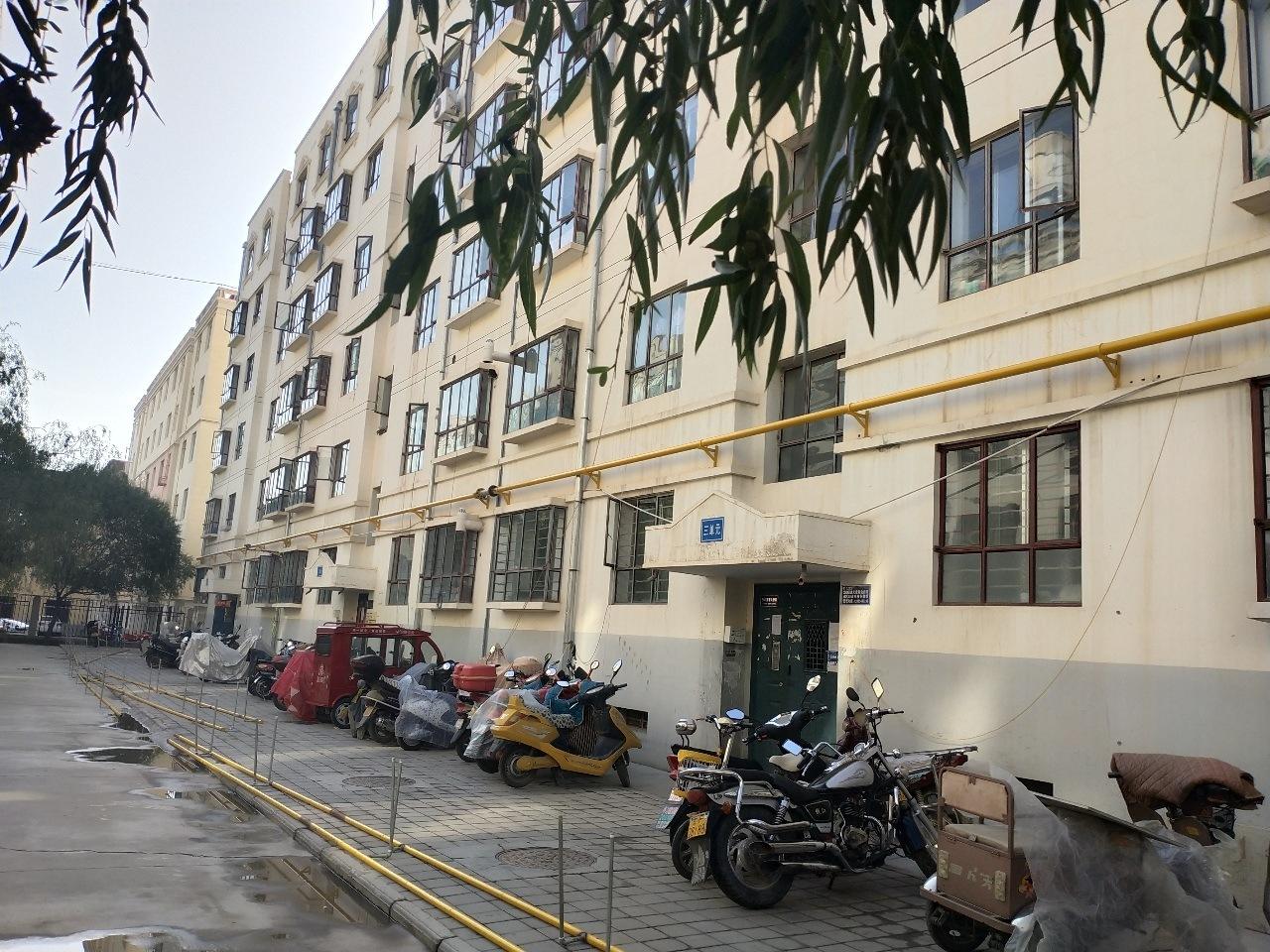 新苑学校学区房星辰园3室 2厅 1卫58万元