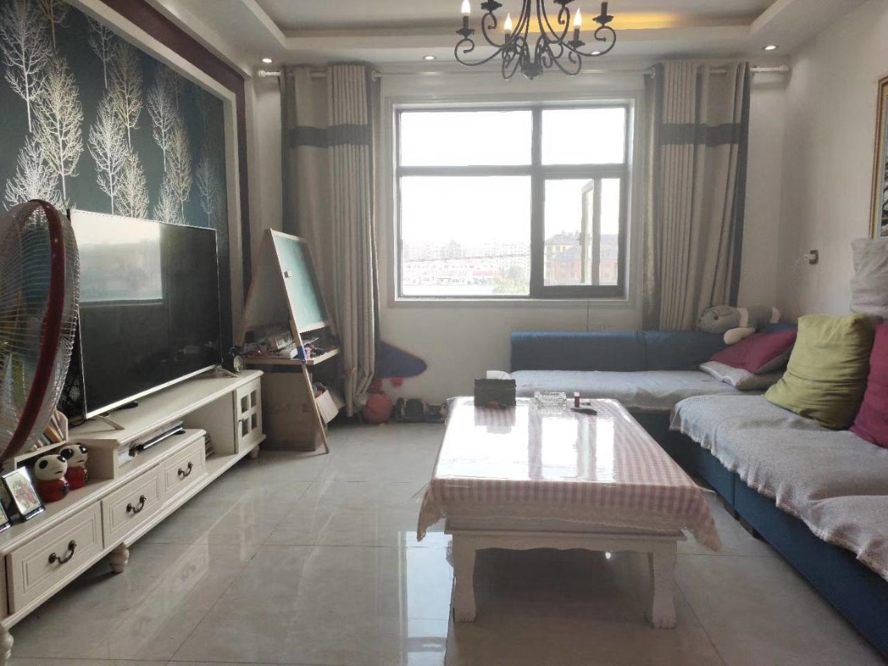 普罗旺世3室 2厅 2卫80万元