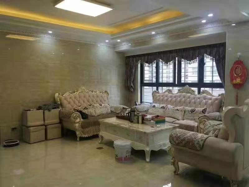 永隆国际城3室 2厅 2卫128万元