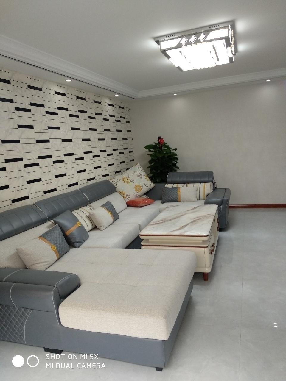 新世纪花园精装地暖房按揭3室 2厅 1卫53.8万元
