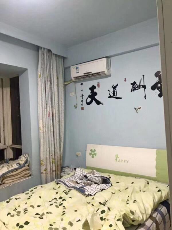 胜利街小学附近3室 2厅 2卫65.8万元