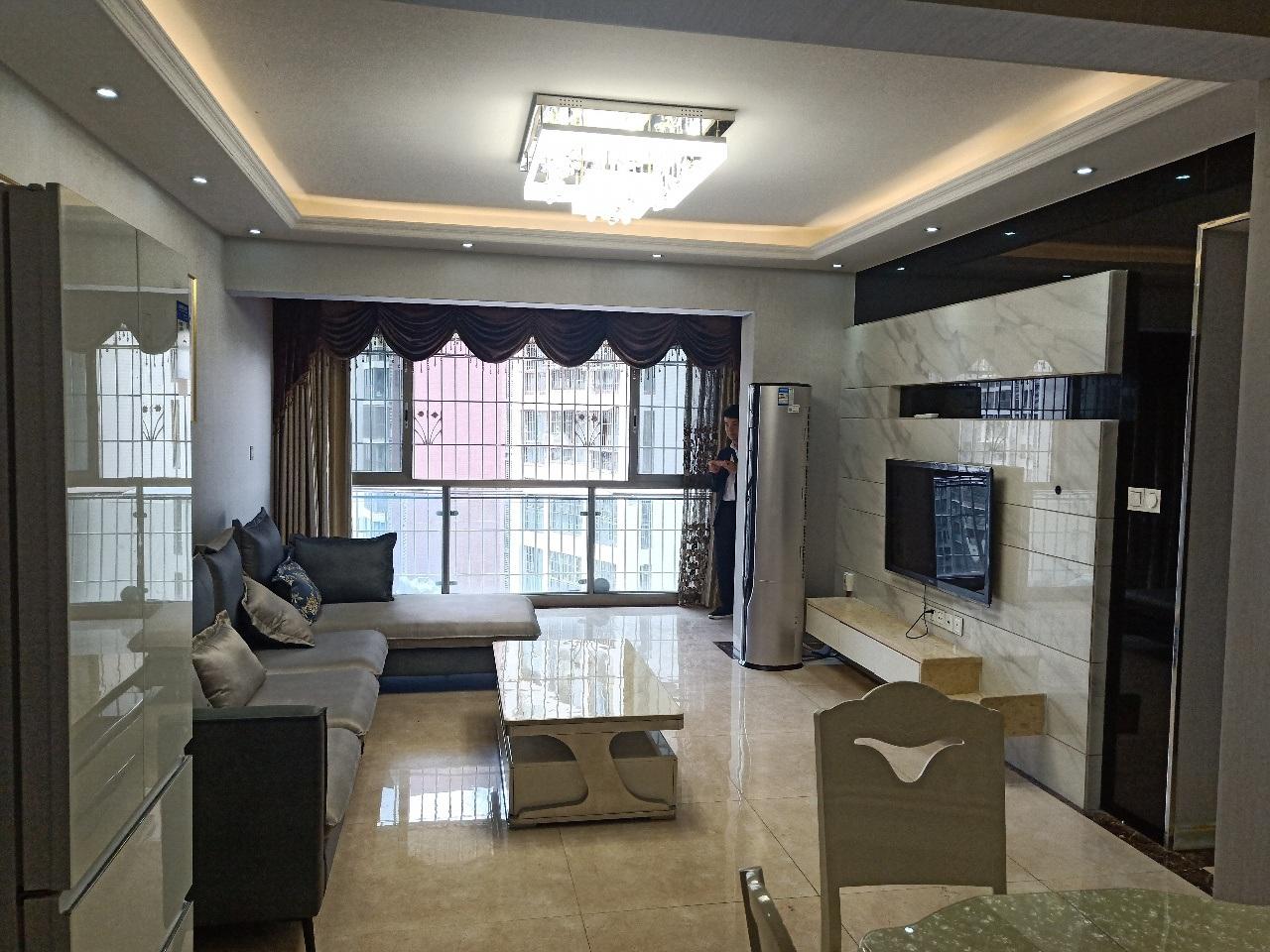中铁仁禾广场3室 2厅 2卫100万元