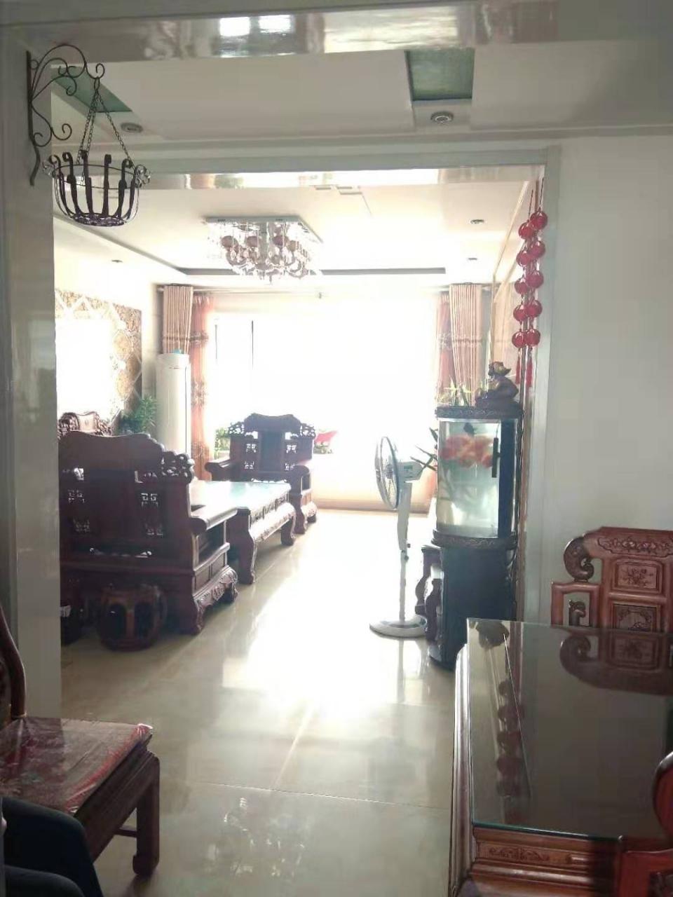 渤海锦绣城3室 2厅 1卫160万元
