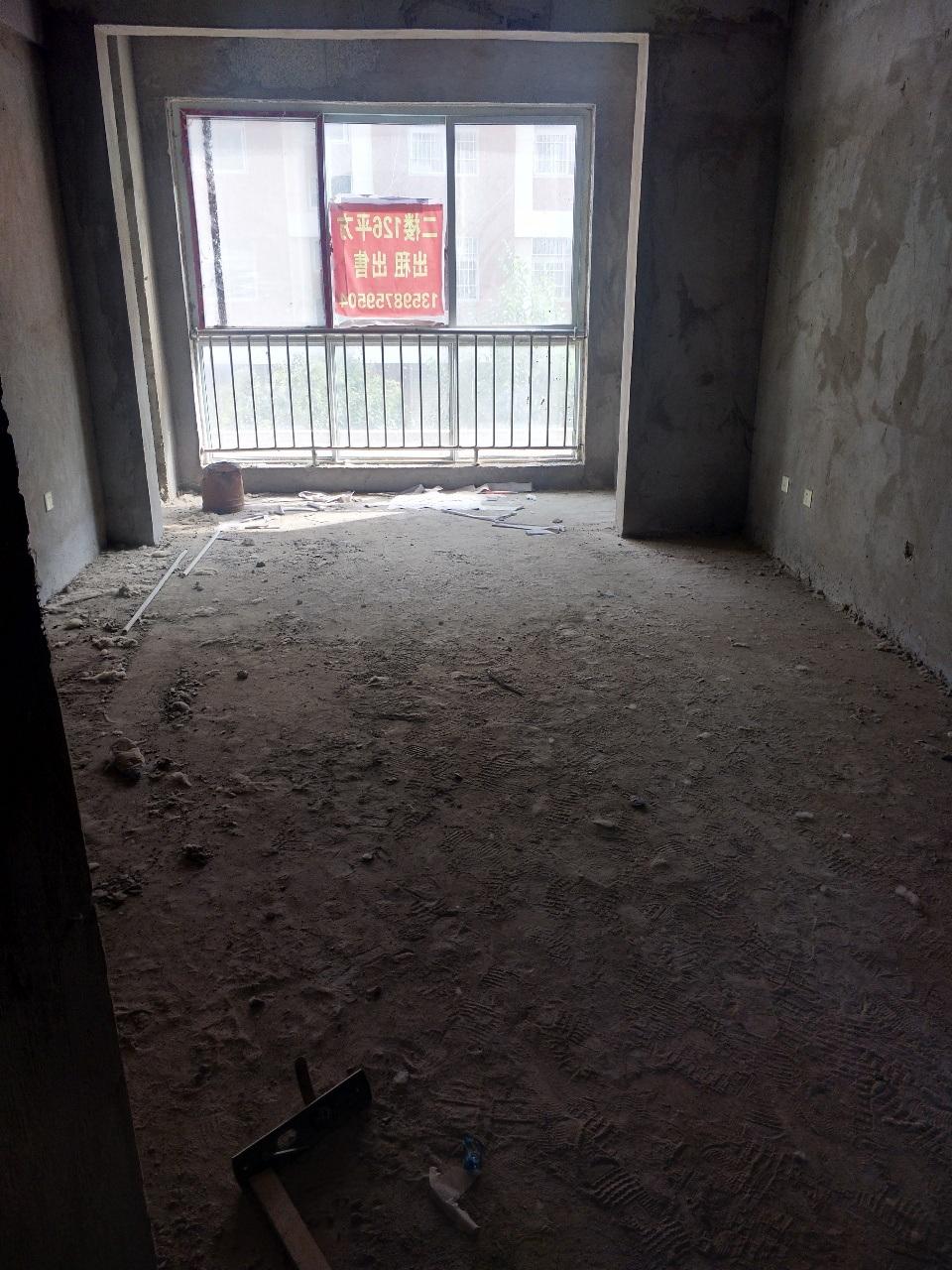 迎宾御花园3室 2厅 2卫40万元毛121平米坯