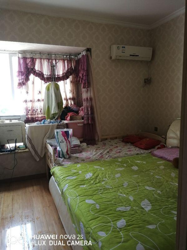 山台山3室 2厅 1卫52.8万元
