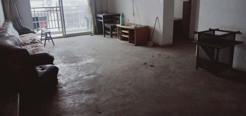 筠山都市3室 2厅 2卫48万元