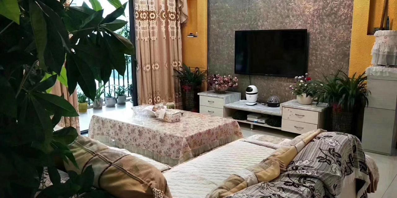 阳光花园4室 2厅 2卫89.8万元
