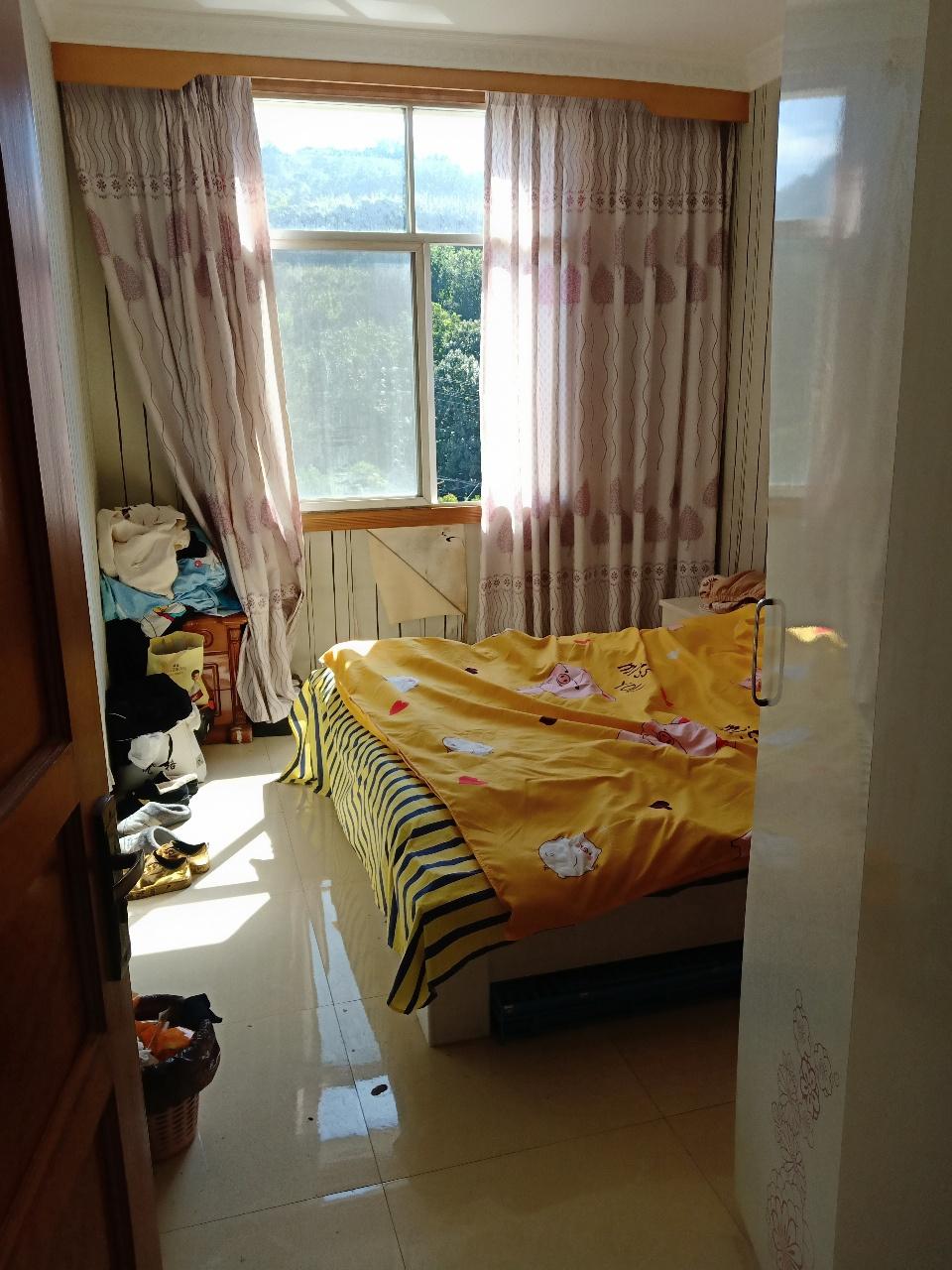仁和街2室 1厅 1卫32万元